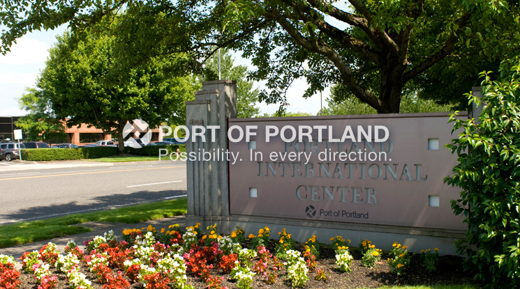Portland International Center is located just down Airport Way from Portland International Airport, and includes a mix of retail, restaurant, hotel and office space. Shovel ready parcels are also available for future development. The 458 acre site is adjacent to Interstate 205 and is served by light-rail.